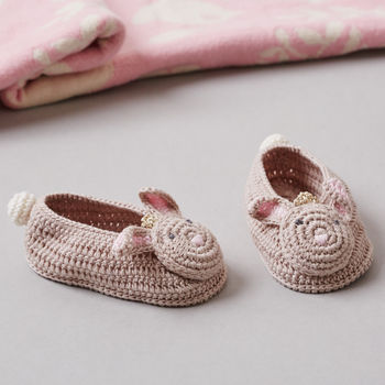 normal_crochet-bunny-baby-booties