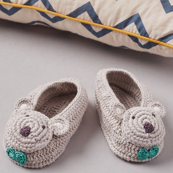normal_crochet-koala-baby-booties-in-gift-box