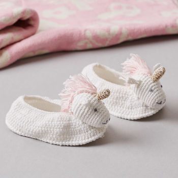 normal_crochet-unicorn-baby-booties